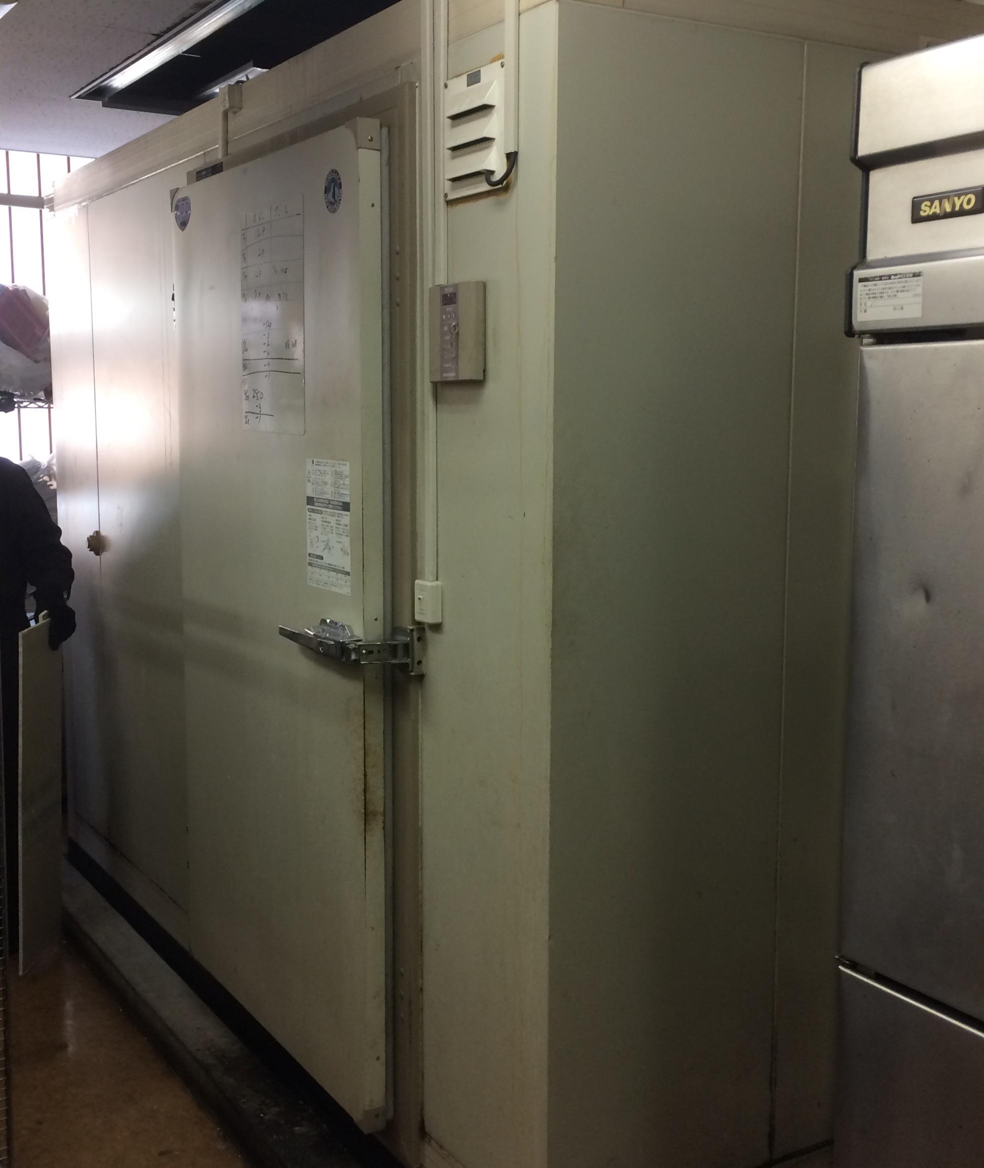 プレハブ冷凍庫 買い取りました!福岡・熊本で厨房機器の事は厨房ジャックへ